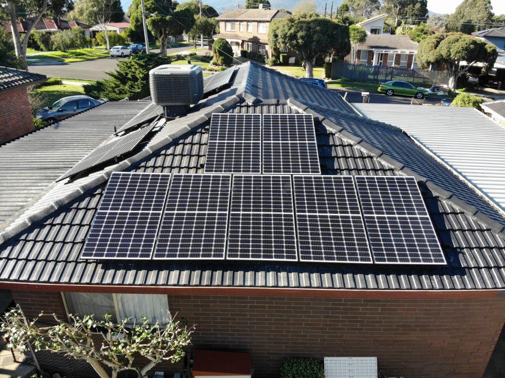 6.6 kW Residential Solar Installation - Bayswater